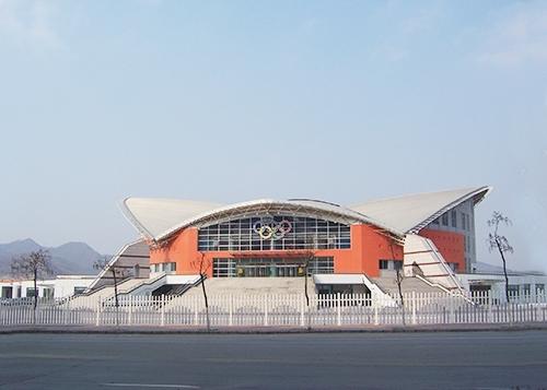 體育館工程